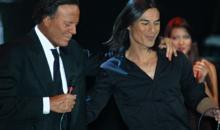 Peste 6500 de spectatori la concertul Julio Iglesias si Julio Iglesias Jr. din Cluj