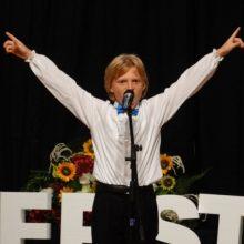 Oliver Frankel, copilul cu vocea de aur, va canta in deschiderea celor doua concerte vieneze