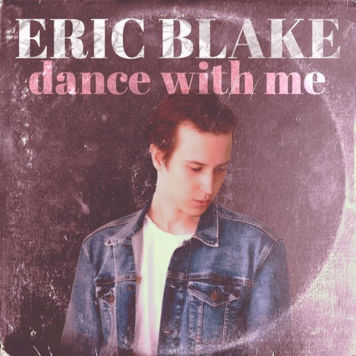 "Eric Blake lanseaza single-ul ""Dance With Me"""