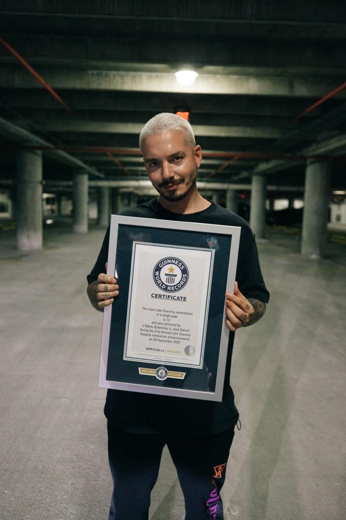 J Balvin a stabilit un nou record – cele mai multe nominalizari la premiile Latin Grammy, intr-un singur an