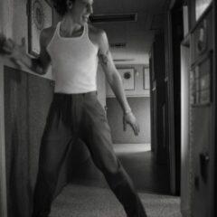 """Wonder"", al patrulea album lansat de catre Shawn Mendes care debuteaza pe primul loc in topul Billboard 200"