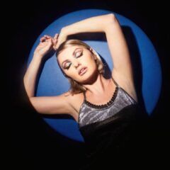 Alexandra Stan este aleasa inimilor!#Aleasă este noul single al artistei
