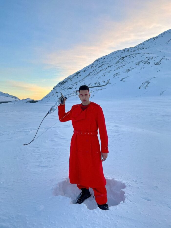 "Mahmood lanseazăsingle-ul şi videoclipul piesei ""Inuyasha"""