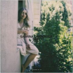 "Sabrina Carpenter lanseazăvideoclipul piesei ""Skin"""