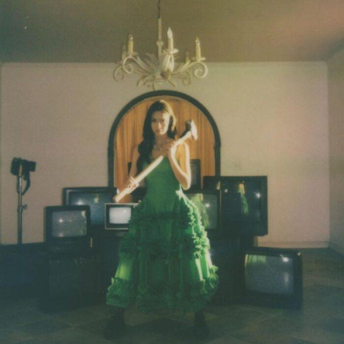 """Olivia Rodrigo lanseazăsingle-ul """"Deja Vu"""" şi anunţălansarea albumului de debut"""