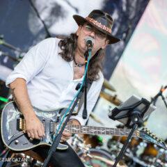 Blues cu Adi Bărar Band și invitați speciali